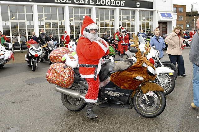 Day 3 Decorate Your Bike For Christmas The Bike Insurer