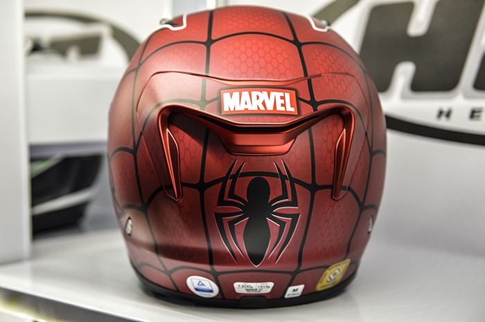 marvel-helmet-on-display-at-the-mcn-london-bike-show-700px
