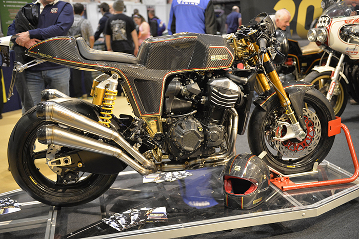 spegoni-special-g800-oro-on-display-at-the-mcn-london-motorbike-show-2017-700px