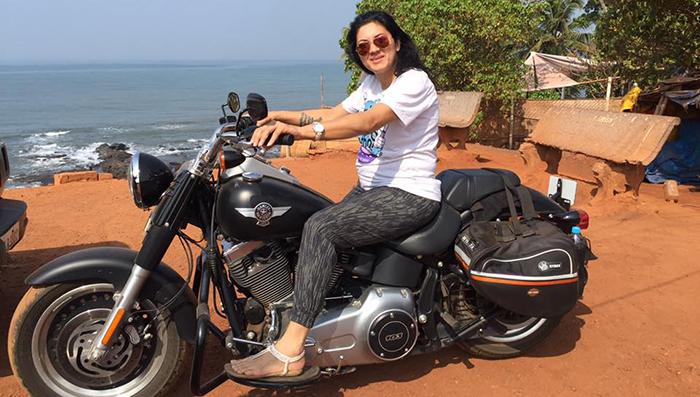 veenu_paliwal-female-biker
