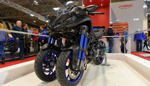 Three-wheeled motorbike