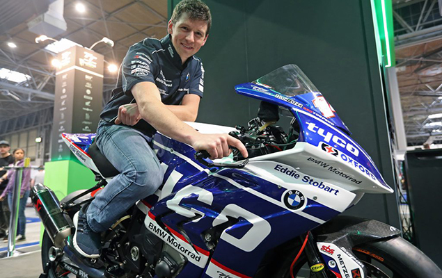 dan_kneen_posing_on_bike