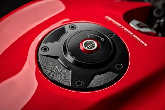 Ducati-Monster-1200-25-Anniversario-Engine