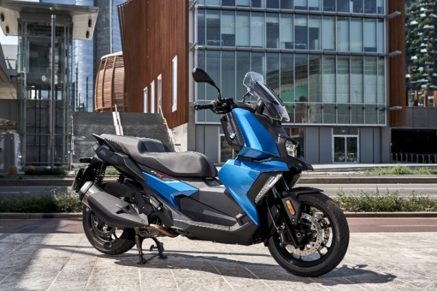 stationary-bmw-c400x-2018
