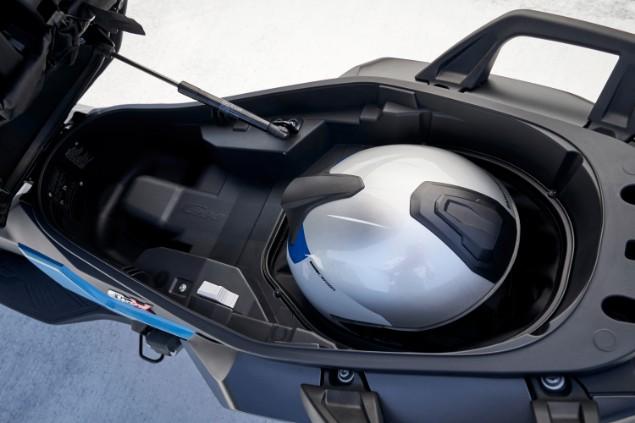 rear-end-of-bmw-c400x-motorbike