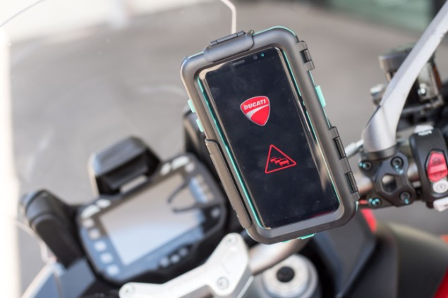 ducati-dashboard-communication-system