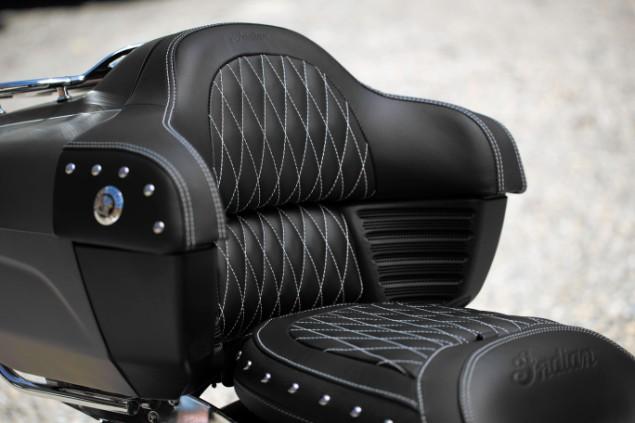 Indian-chief-motorbike-black-leathered-seat