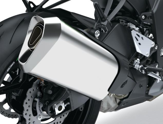 Silver-2019-Kawasaki-Ninja-ZX-6R-exhaust