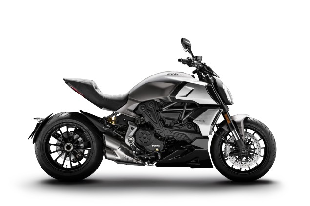 Ducati Diavel 1260 motorcycle chasis stationary