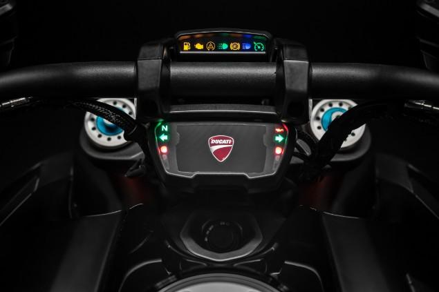 Ducati Diavel 1260 S motorcycle handlebars