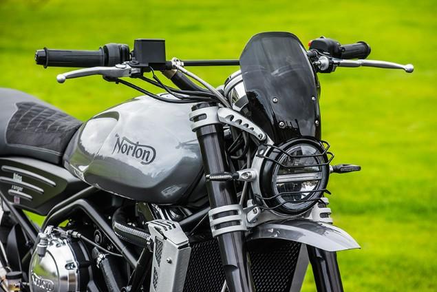 Norton Atlas Ranger 5 850 WEB motorcycle handle bars and front LED headlamp