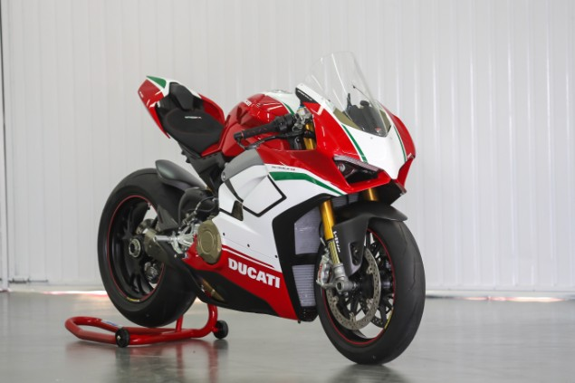 red and white panigale V4 S stationary