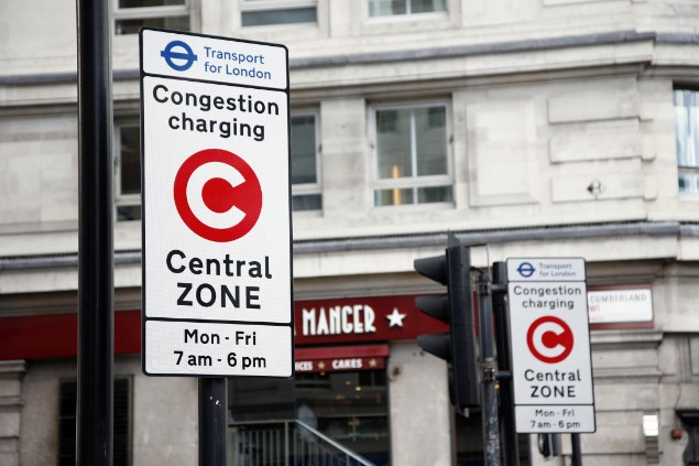 London congestion charging zone road sign
