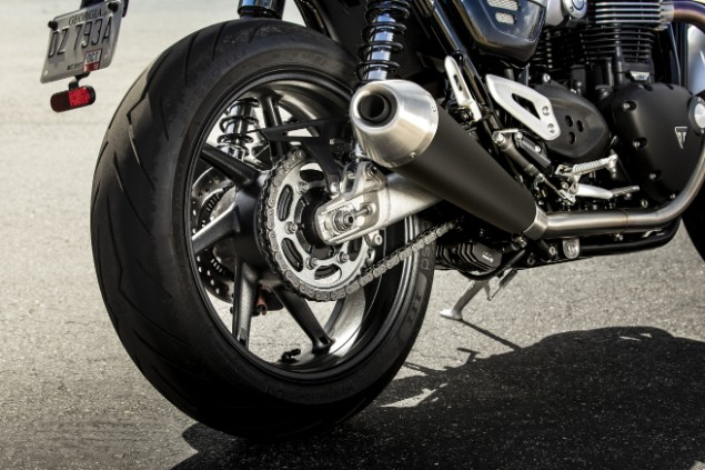 2019 Bonneville Speed Twin rear wheel and exhaust