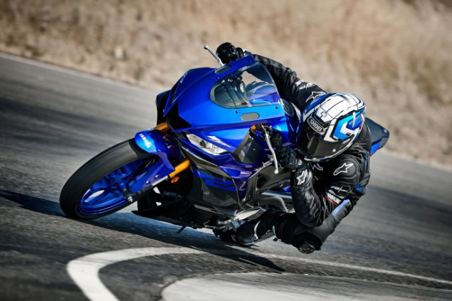 2019 Yamaha YZF-R3 motorcycle turning the corner