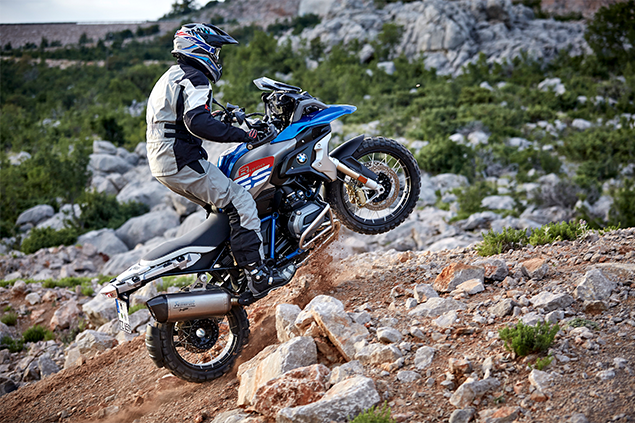 Motorcyclist riding up mountain with the all new 2019 BMW R 1200 G