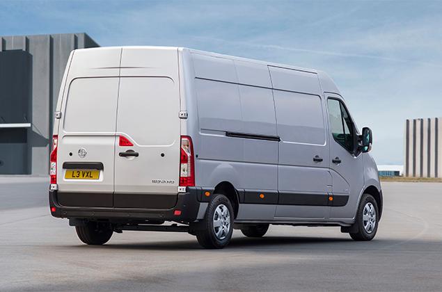 White 2019 Vauxhall Movano van