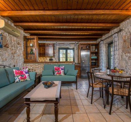 The living room of Tierra Olivo