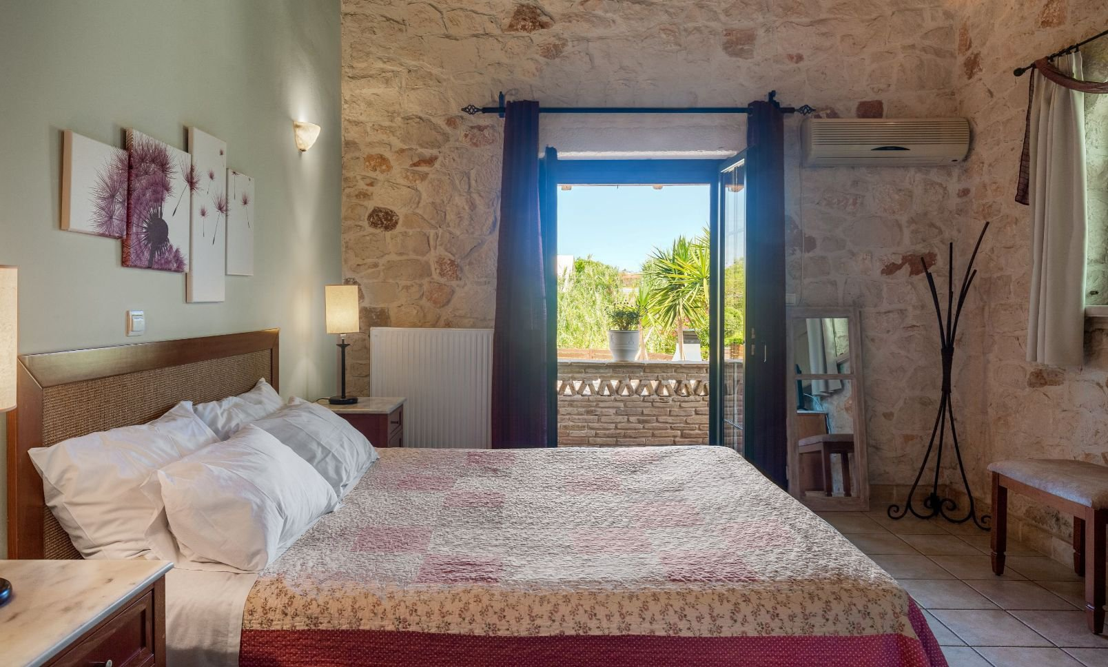 Deluxe Villa  Bedroom with double-sized Bed