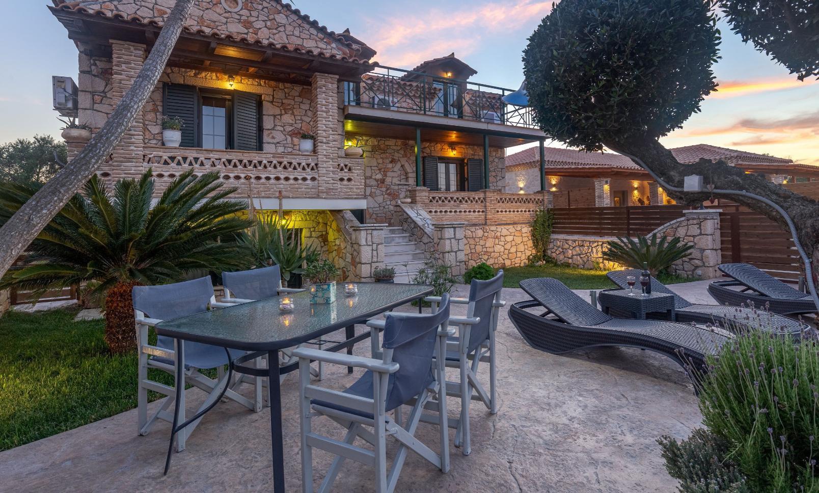 Deluxe Villa Front View & Garden