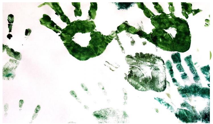 Illustrasjonsbilde: Malingstrykk av barnehender