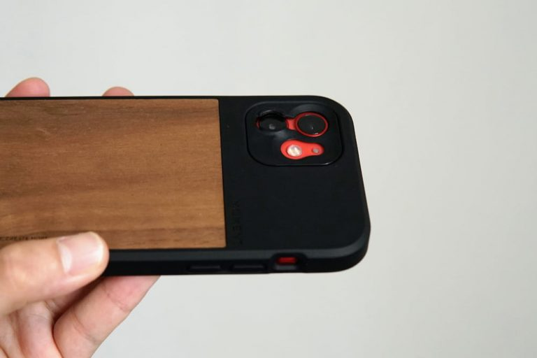 Moment Walnut Wood Case