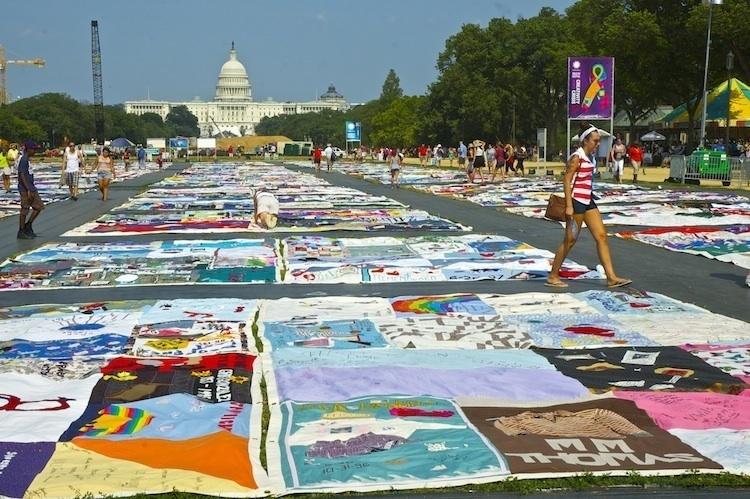 Digital Memorials and Media Art Activism: Designing Digital Experiences for the AIDS Memorial Quilt
