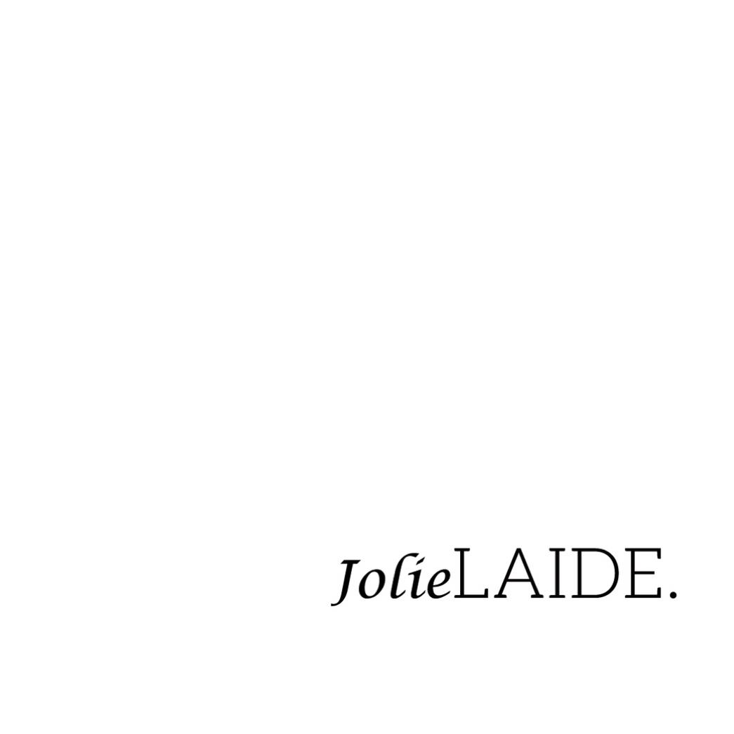 JolieLAIDE. logo