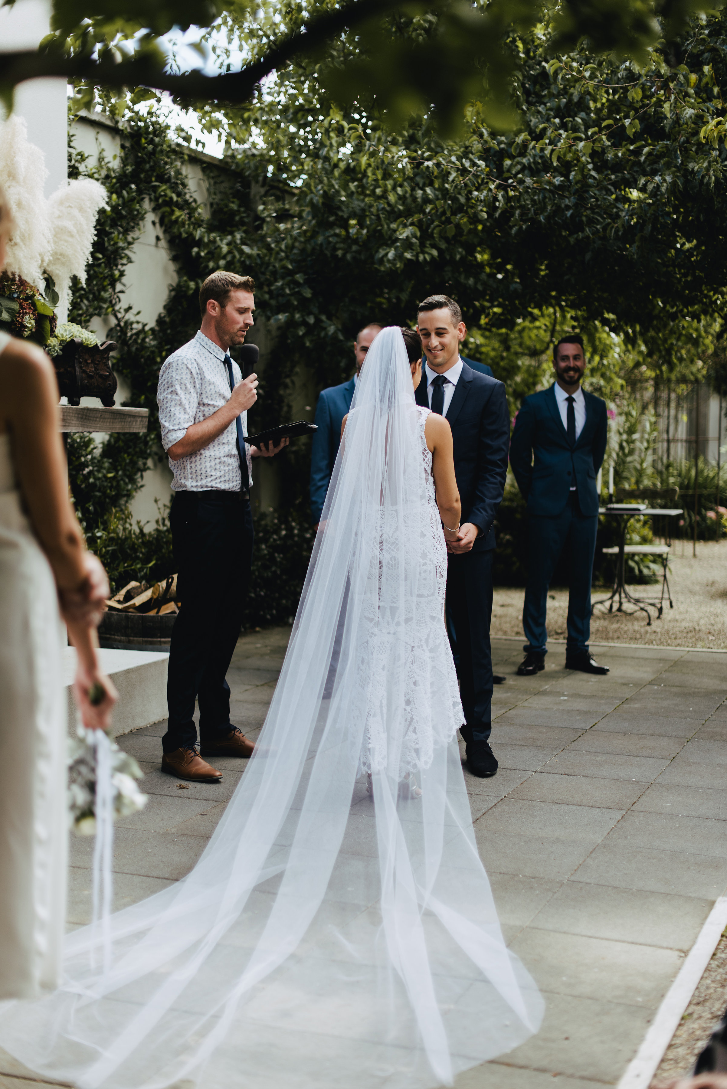 Real Wedding: Olivia & Simon - Photography by Nisha Ravji - Together ...