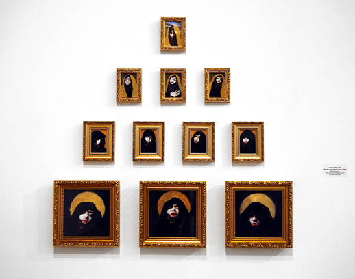 《The Tragedy of Self (シリーズ1)》写真、金箔、アクリル 75 x 75cm、 2009年