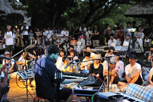 宮内優里さんをはじめ、aus + takcom、Twigs & Yarn ら電子音楽系のミュージシャンが出演した『納涼の音(のうりょうのね)』もテラッコが自ら企画した音楽イベントでした。
