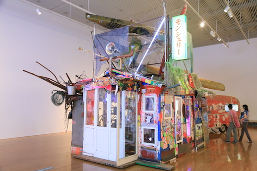 大竹伸朗の丸亀市猪熊弦一郎現代美術館での個展「ニューニュー」展示風景
