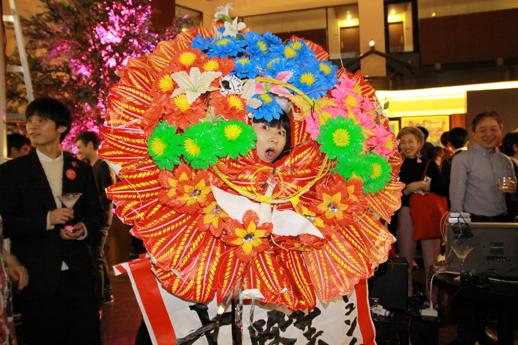 キュンチョメも花輪で祝ってくれました! 最近グレードアップした光る花輪!