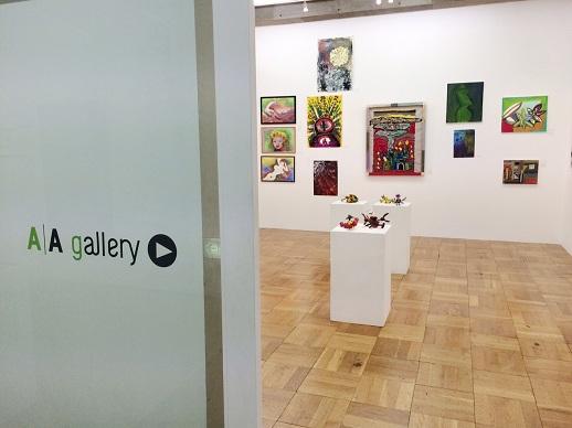 2010年、障害のある人の表現と社会をつなぐアートスペースとして、アーツ千代田 3331内にオープンしたA/A gallery