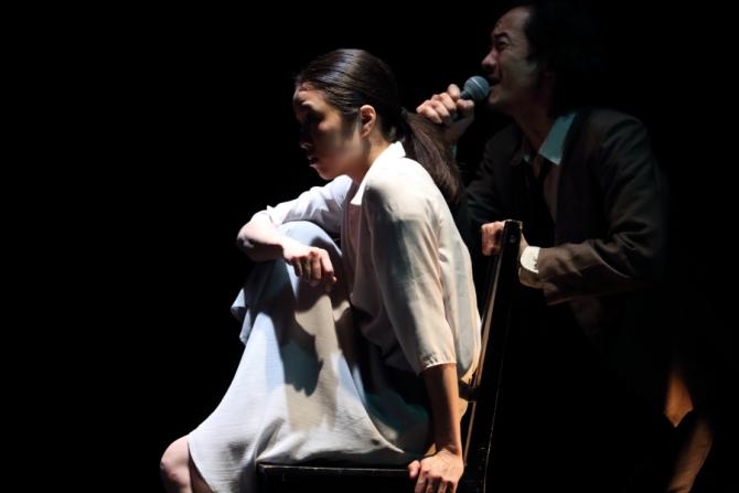 カンパニーデラシネラ『見立てる』振付・演出:小野寺修二