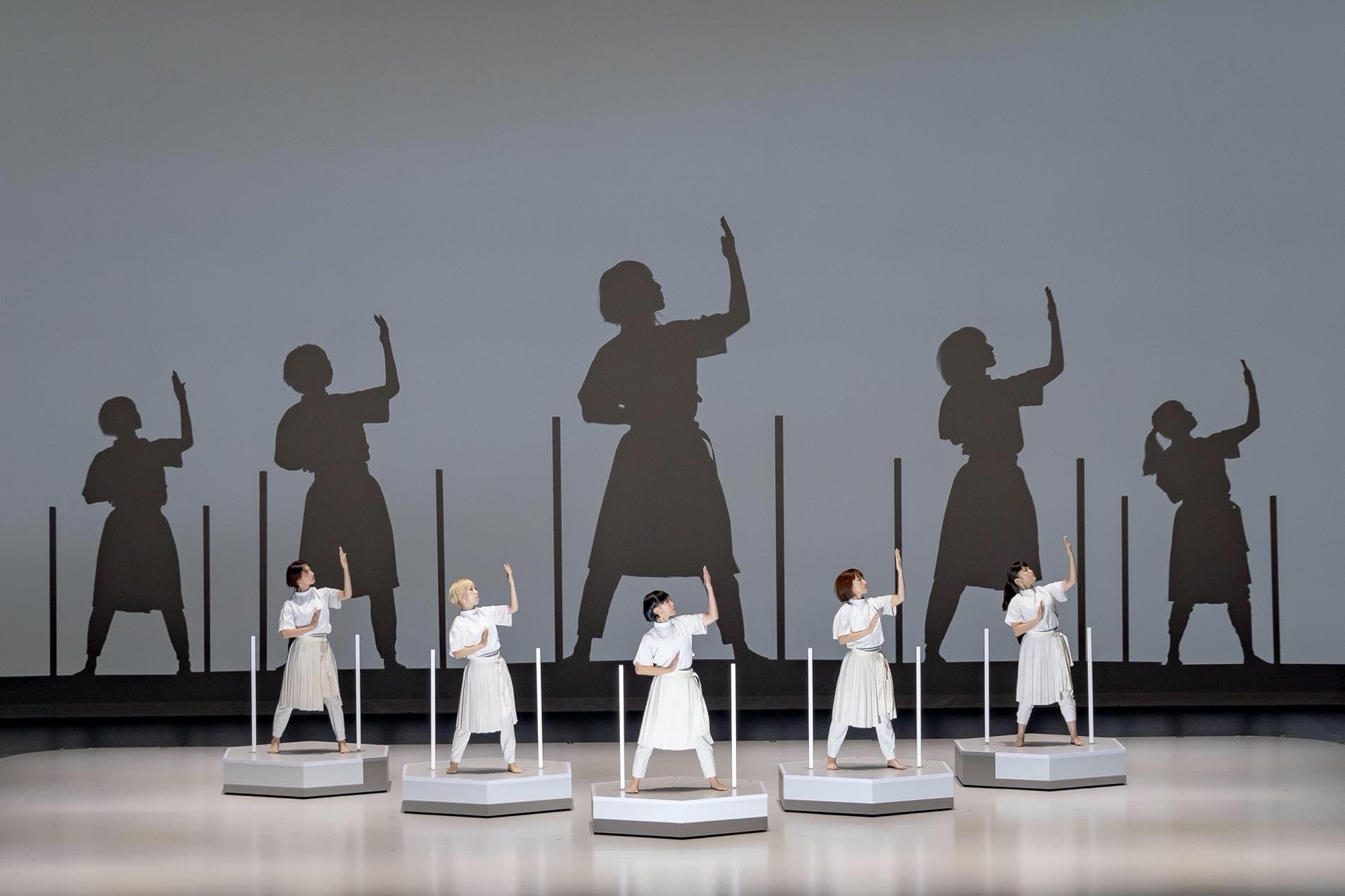 Rhizomatiks Research×ELEVENPLAY×Kyle McDonald《discrete figures Special Edition》2019年10月6日 札幌文化芸術劇場 hitaru