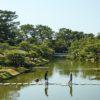 日本庭園で全身で音を聴く、evala + 鈴木昭男「聴象発景」
