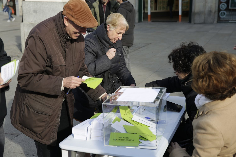 Citizens voting