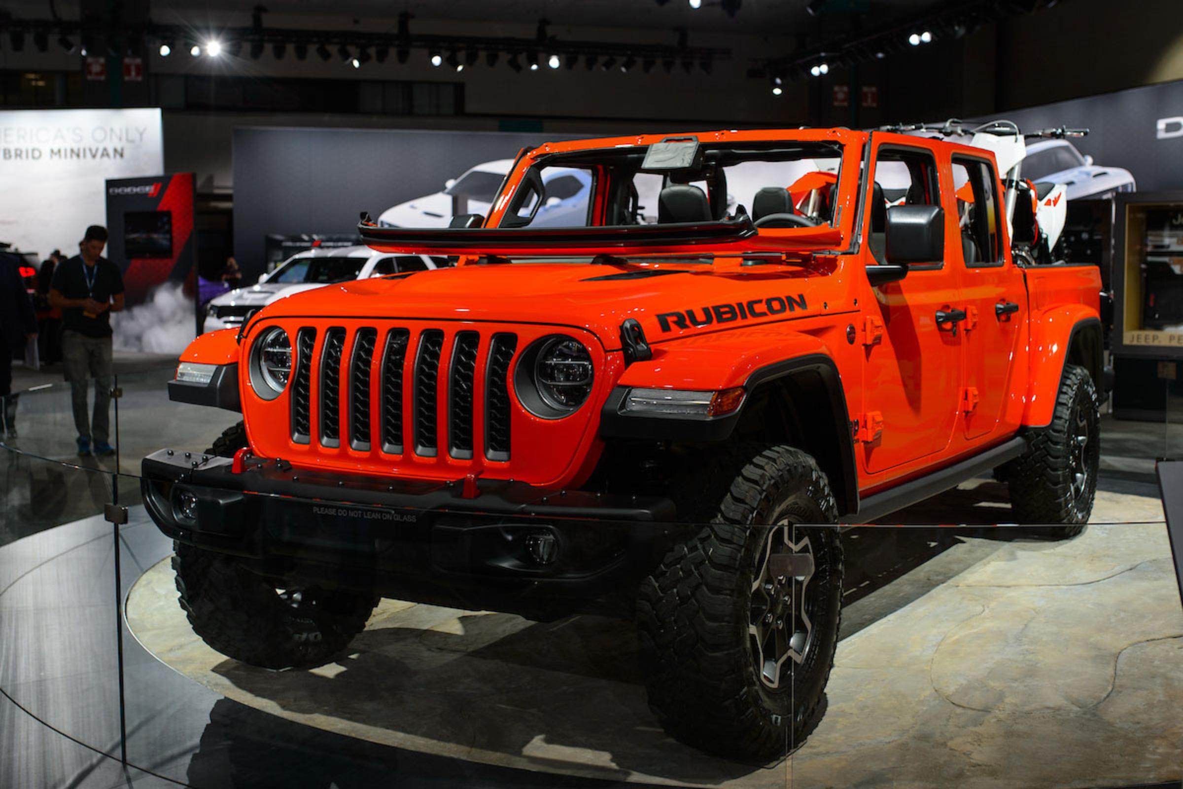 Sneak Peek at the 2020 Jeep Gladiator