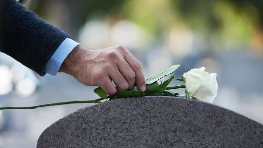 Why Seniors and Families Are Rushing to Get Burial Insurance