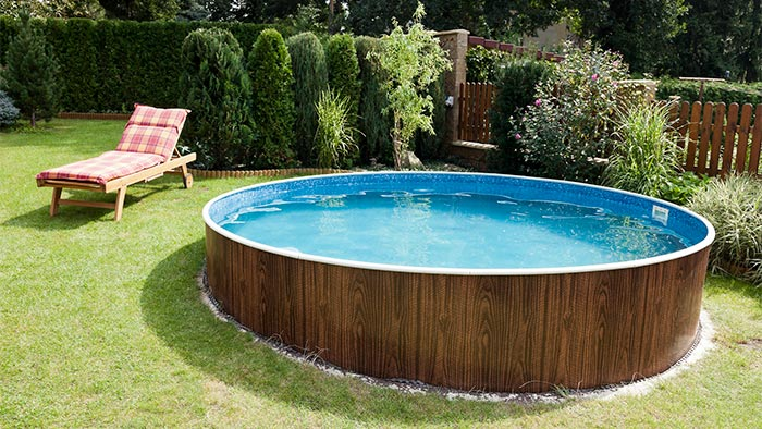 Get a Low Cost Swimming Pool This Summer