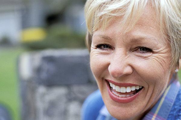 4 Alternatives to Dental Implants