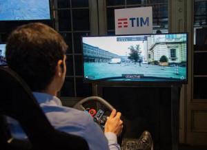 A Torino si sperimenta un'auto a guida remota