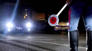 Torino: la Polizia Stradale mette in salvo persona appiedata in tangenziale