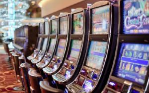 Gioco d'azzardo patologico: con la legge regionale ridotti soldi spesi e perdite
