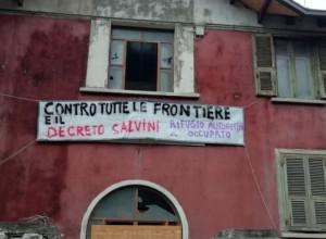 Anarchici 'no borders' occupano una casa cantoniera abbandonata a Oulx