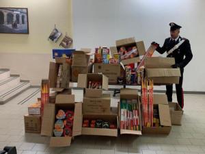 Maxi sequestro di fuochi d'artificio e materiale pirotecnico a Moncalieri