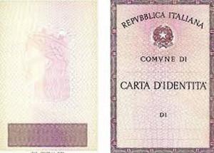Era in possesso di 174 carte d'identità rubate