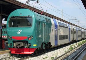 Aziona il freno d'emergenza del treno sulla Genova-Torino: denunciato
