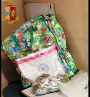 Torino: 10 kg di panetti di hashish in una sacca della spesa